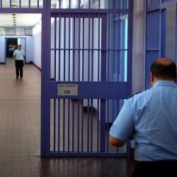 CORONAVIRUS: A rischio elevato di infezione i penitenziari Italiani poche protezioni e scarsa organizzazione intervista a Franco Alberti Segretario Nazionale Fimmg Medicina Penitenziaria