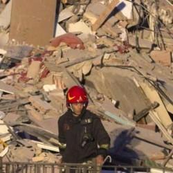 ROMA: Crolla palazzina il vice segretario Fimmg Roma Fabio D'Andrea da l'allarme ed evita una strage