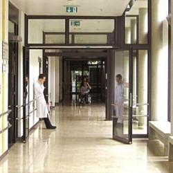 ospedale dottore corsia4
